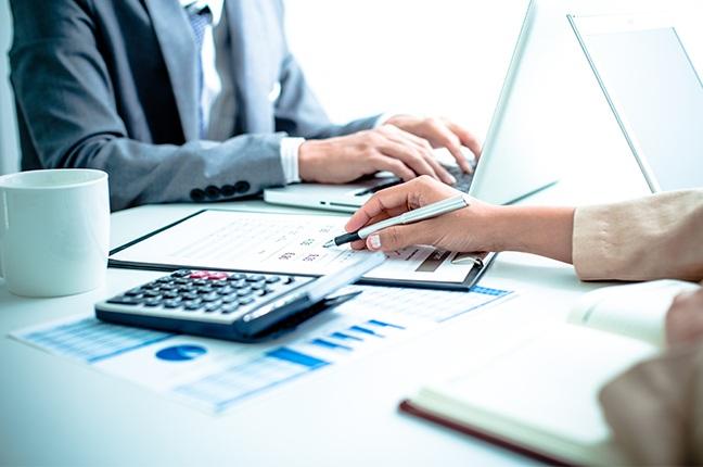 Como a gestão e auditoria de contratos influenciam no desempenho financeiro da sua empresa